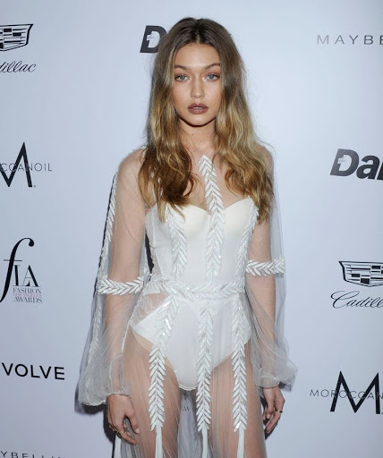 gigi hadid sexy sheer dress at 2016 daily front rows los angeles fashion award best red carpet dresses