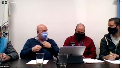 (De izq. a Der.) Sr. Nicolás; Crio Ochoa y A. Suárez