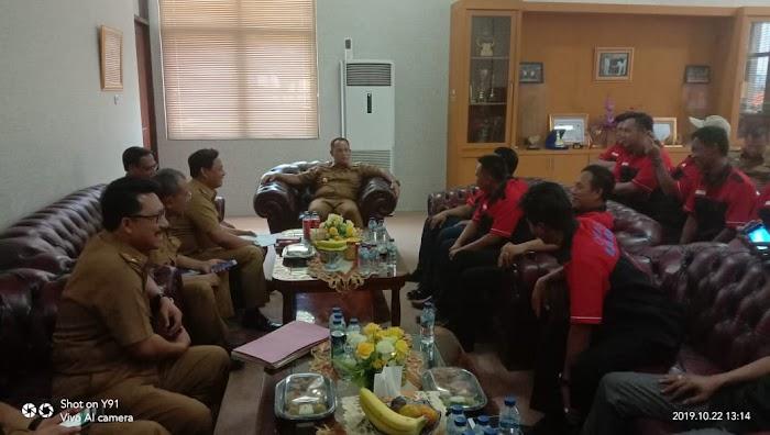 Plt.Nanang Ermanto Menyambut Baik Ormas Laskar Inti Bersatu Antar Suku ( LIBAS) Saat Bersilaturahmi Di Pemkab Lamsel