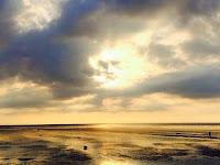 Ada Wajah Misterius Di Langit Norfolk