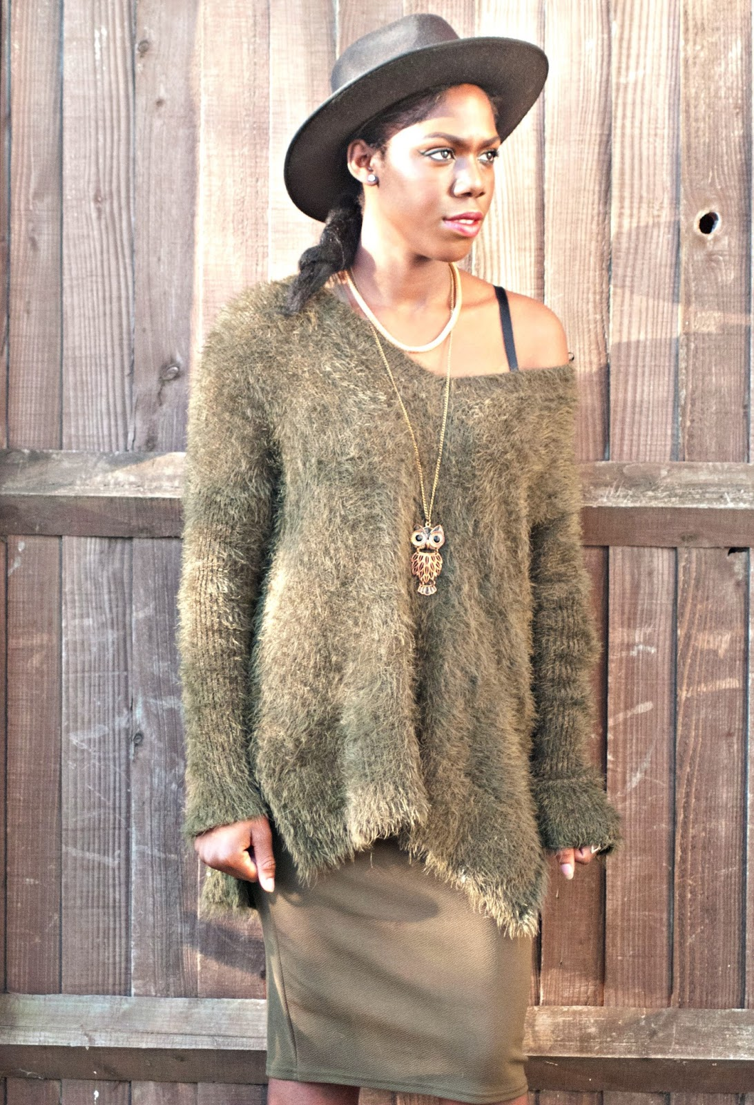 H&M Khaki fluffy Jumper,Black fedora, owl necklace, twinings apple & elderflower green tea