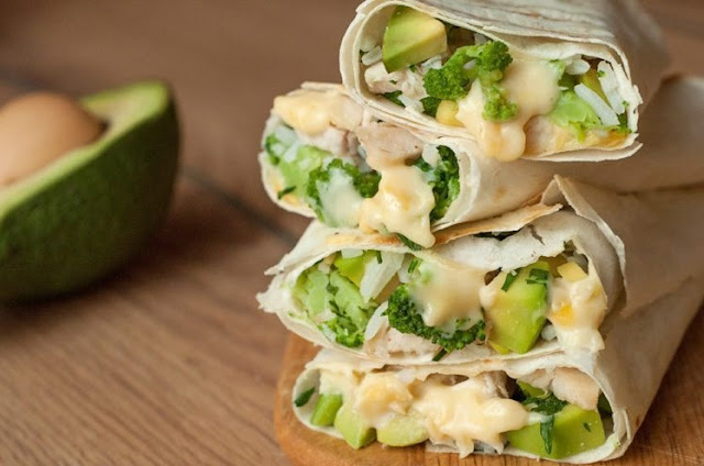 Healthy Chicken Burrito Wraps #lunch #keto