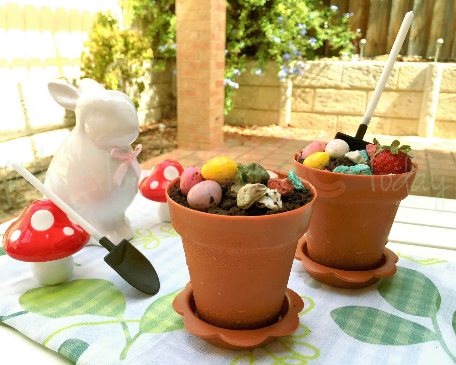 What To Bake Today & What To Bake Today: No-Bake Cookies and Cream Flower Pot Cake (Easter)