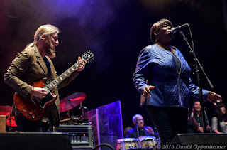 Tedeschi Trucks Band at Lock'n 2015