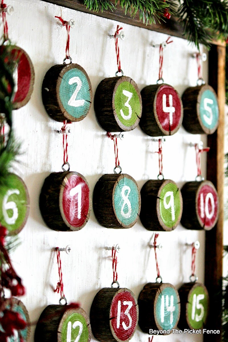 12 days of Christmas, day 5 Advent calendar http://bec4-beyondthepicketfence.blogspot.com/2014/11/12-days-of-christmas-day-5-advent.html