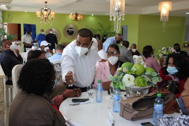 Alcaldía de Barahona realiza Encuentro de Socialización con el Colegio de Abogados Seccional Barahona.