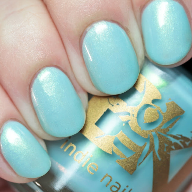 Bee's Knees Lacquer Ghislaine