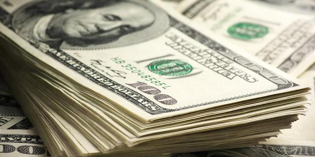 «Είδος προς εξαφάνιση» τα δολάρια στην Κωνσταντινούπολη