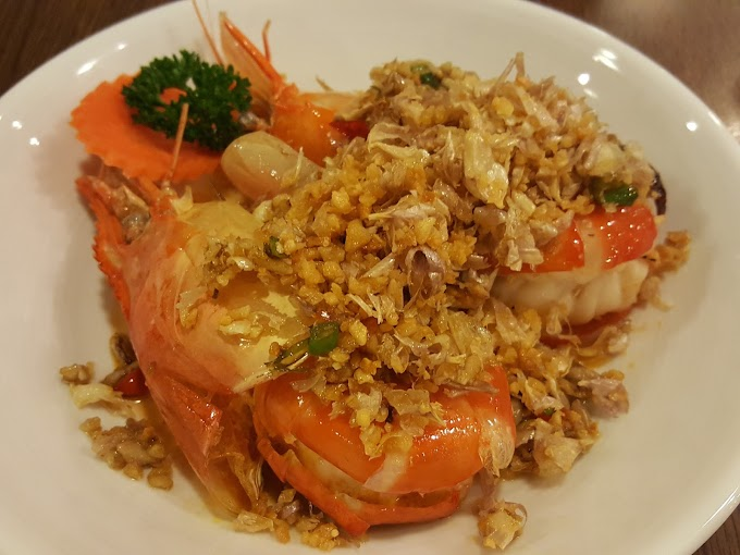 Thai cuisine - Thai International cuisine, Features, eating habit, herbs and spices used