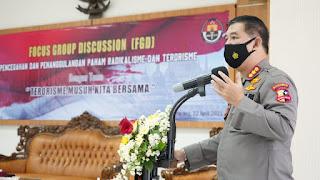 """Divhumas Polri dan Polda jateng Gelar FGD Bertema """"Terorisme Musuh Kita Bersama"""" di Aula Polrestabes Semarang"""