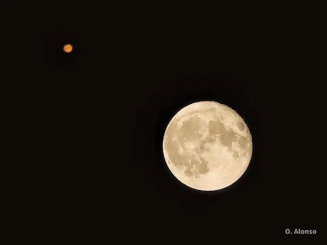 Conjunción de Marte y la Luna. Foto: O. Alonso