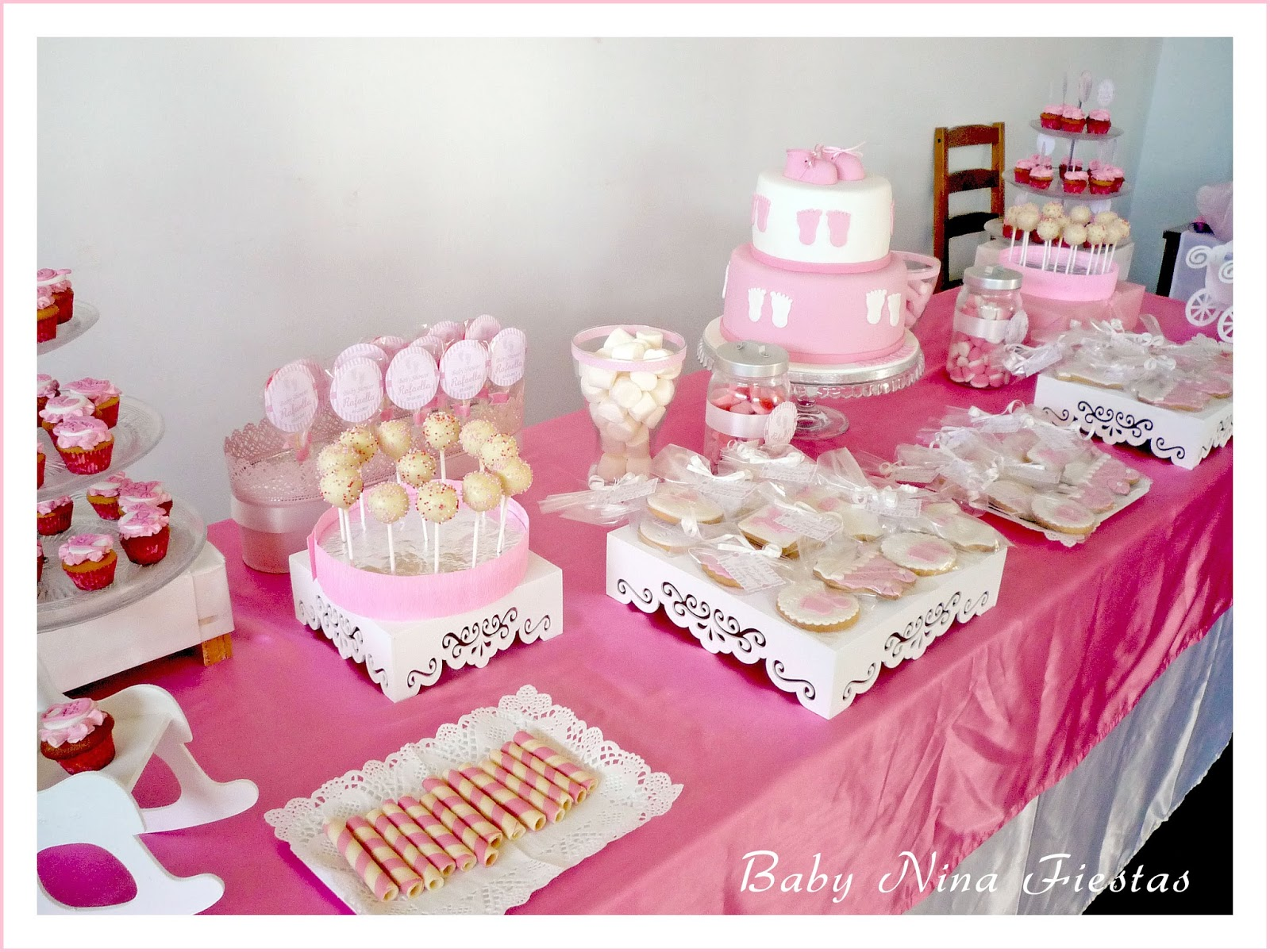 Baby nina fiestas baby shower rafaella for Mesa dulce para baby shower
