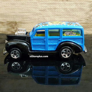HOT WHEELS FORD '40 WOODY WILD WAVE 3/5
