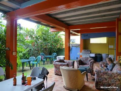 Patio del Hostal Mamallena, Boquete, Panamá