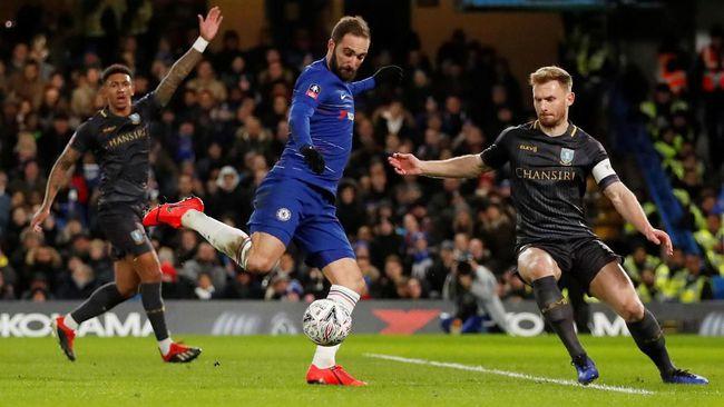 Higuain Tolak Tawaran Penalti Dari Willian Di Piala FA 2019