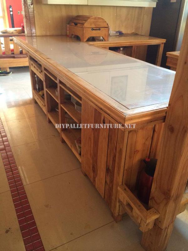 encimera de cocina con palets. Black Bedroom Furniture Sets. Home Design Ideas
