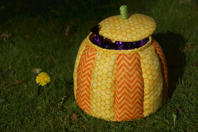 halloween pumpkin quilt