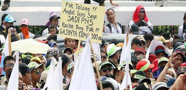 Honorer K2 Tagih Janji Jokowi, Moeldoko: Janji di Mana?
