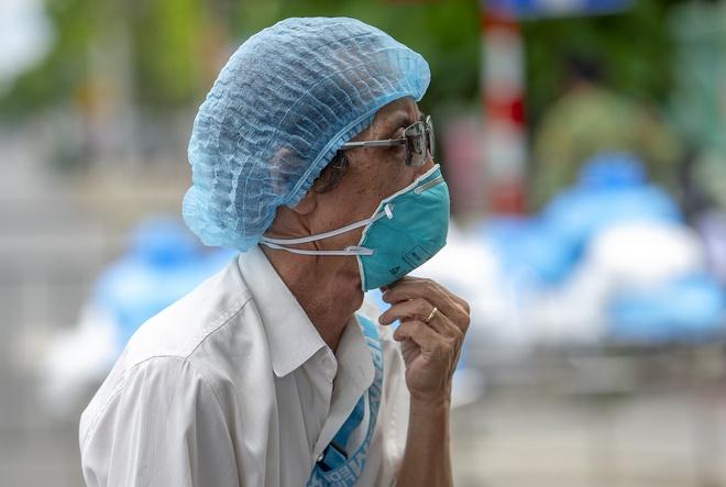 Nữ kế toán ở Hà Nội nhiễm SARS-CoV-2