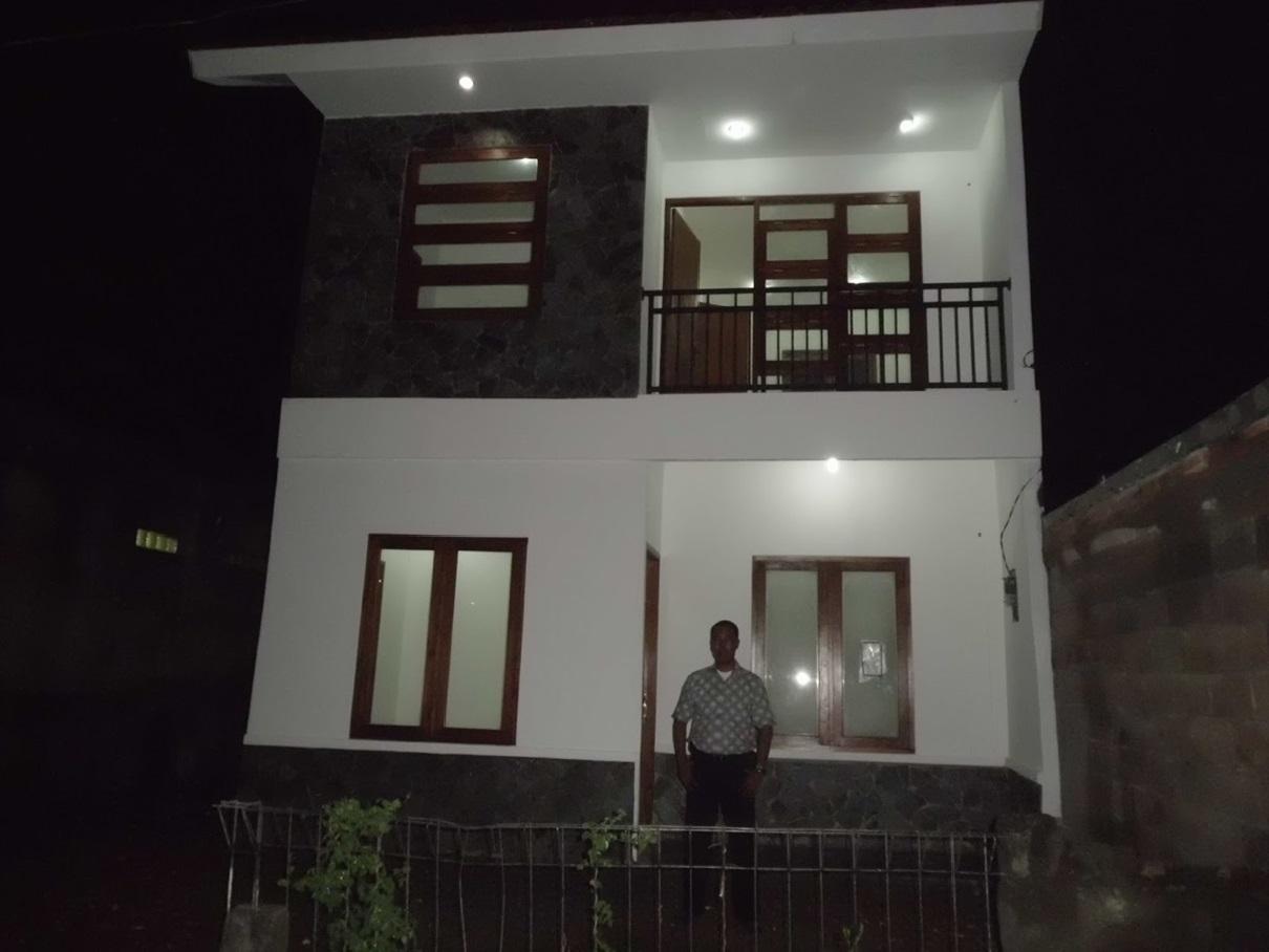 Hasil proyek bangun baru rumah 2 lantai milik Bpk. Asep Adiwinata di Griya Bintara, Bekasi tahun 2011