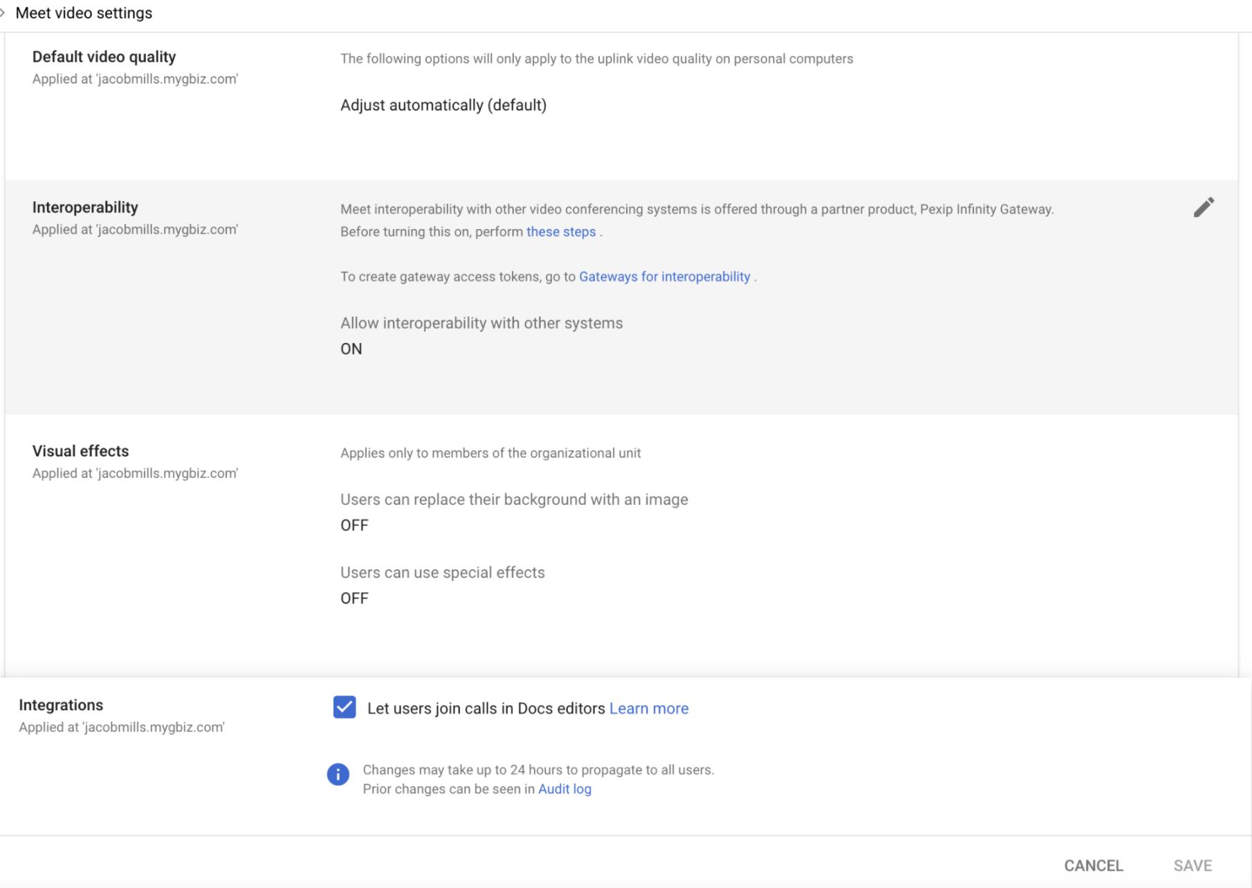 """Na parte de configurações de vídeo do Meet no Admin Console, é possível controlar a possibilidade de apresentar conteúdo dos Editores na categoria """"Integrações""""."""