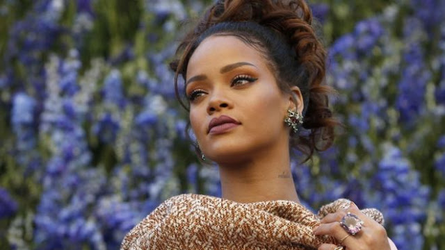 Rihanna Say It MP3, Video & Lyrics