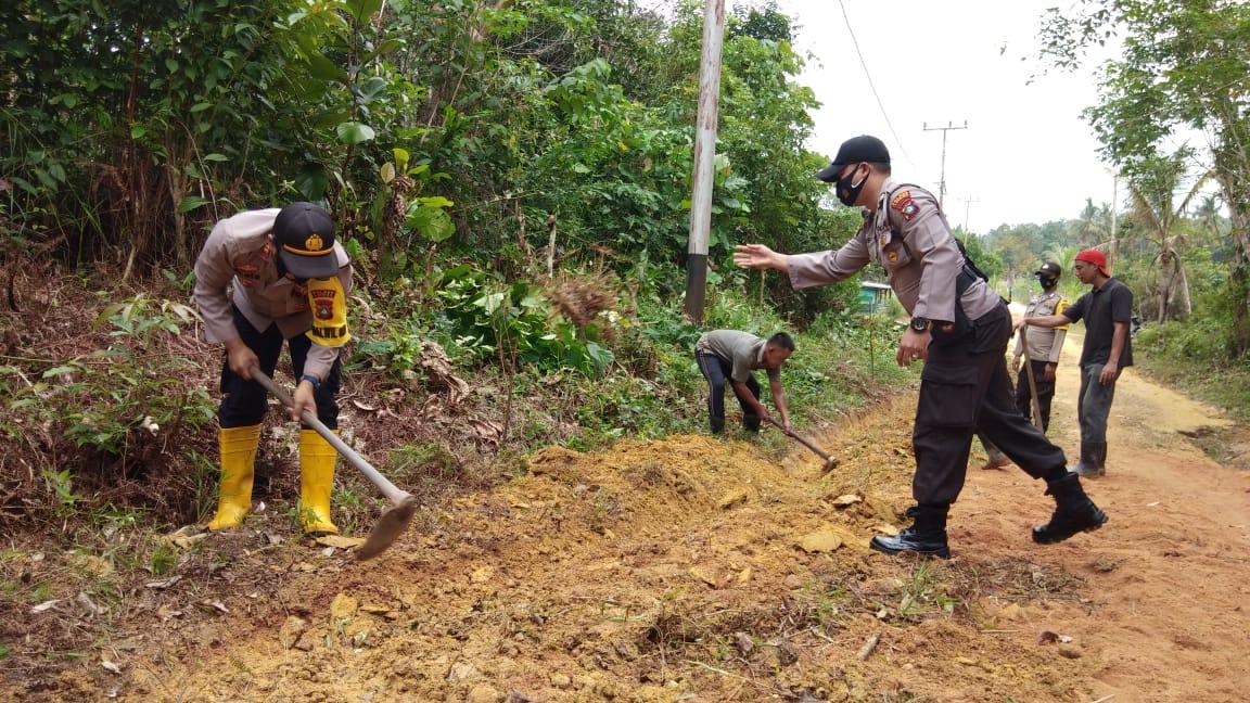 Polsek Singkep Barat Lakukan Goro di Desa Pesiapan Air Batu Kec. Singkep Barat.