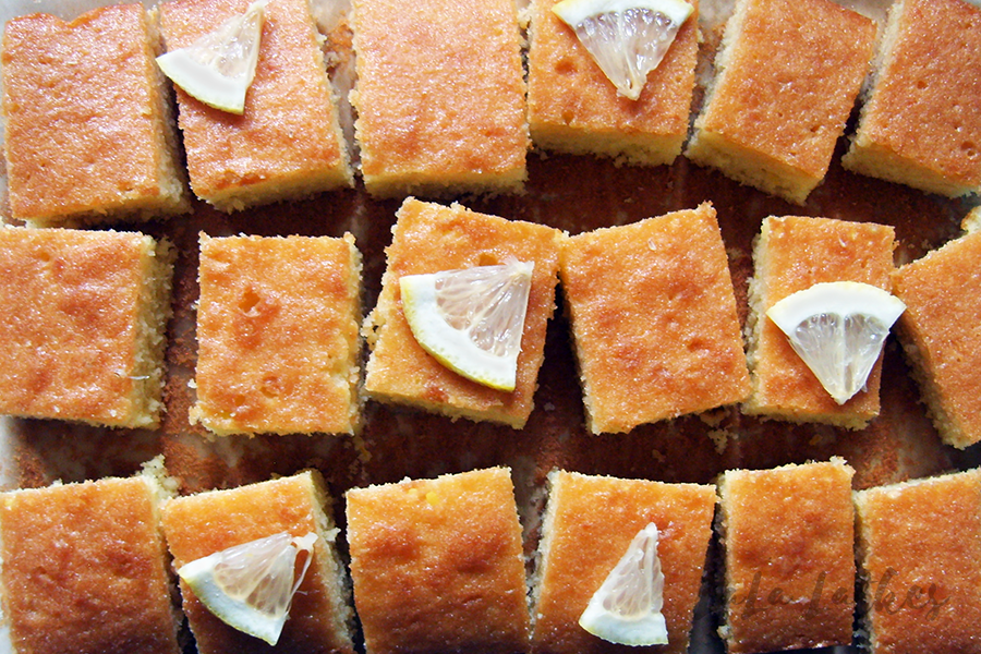 Лимонный кекс с сиропом