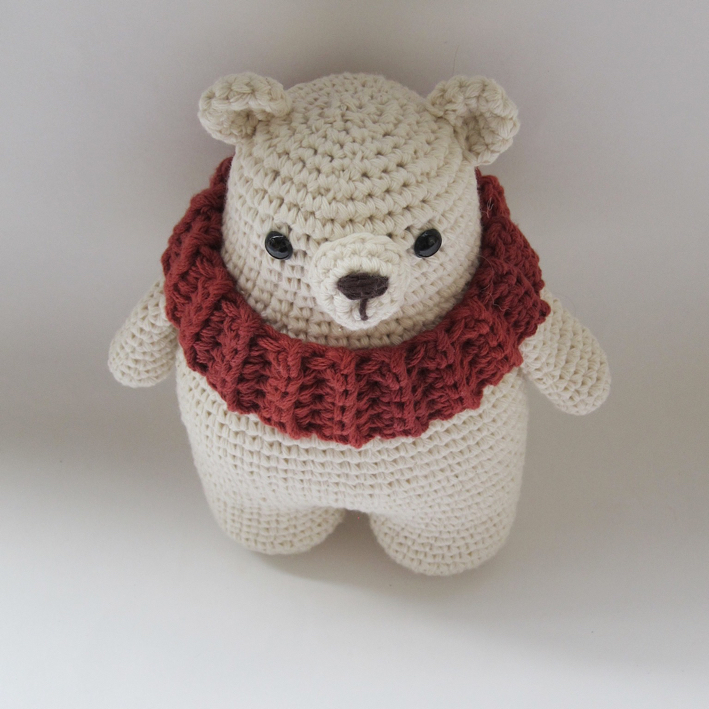 Amigurumi Pattern Crochet - Pele, the Polar Bear - | 709x709