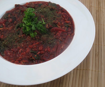 middle eastern lentil stew with beets