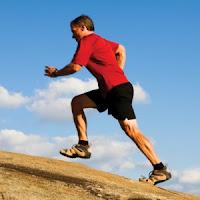 Jalan kaki atau joging sejauh tiga kilometer setiap hari dapat meningkatkan performa seks termasuk perbaikan fungsi ereksi terutama pada pria yang mengalami obesitas.