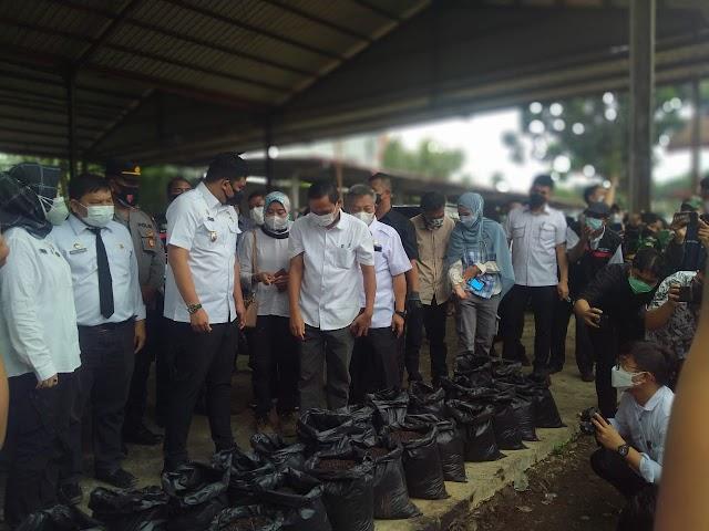 Medan Hasilkan 2.000 Ton Sampah Per Hari, Bobby Olah Sampah Pasar Jadi Pupuk