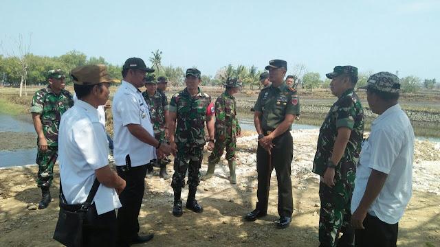 Danrem 141/Tp Dampingi Tim Wasev Progter Ster TNI Kunjungi TMMD di Pangkep
