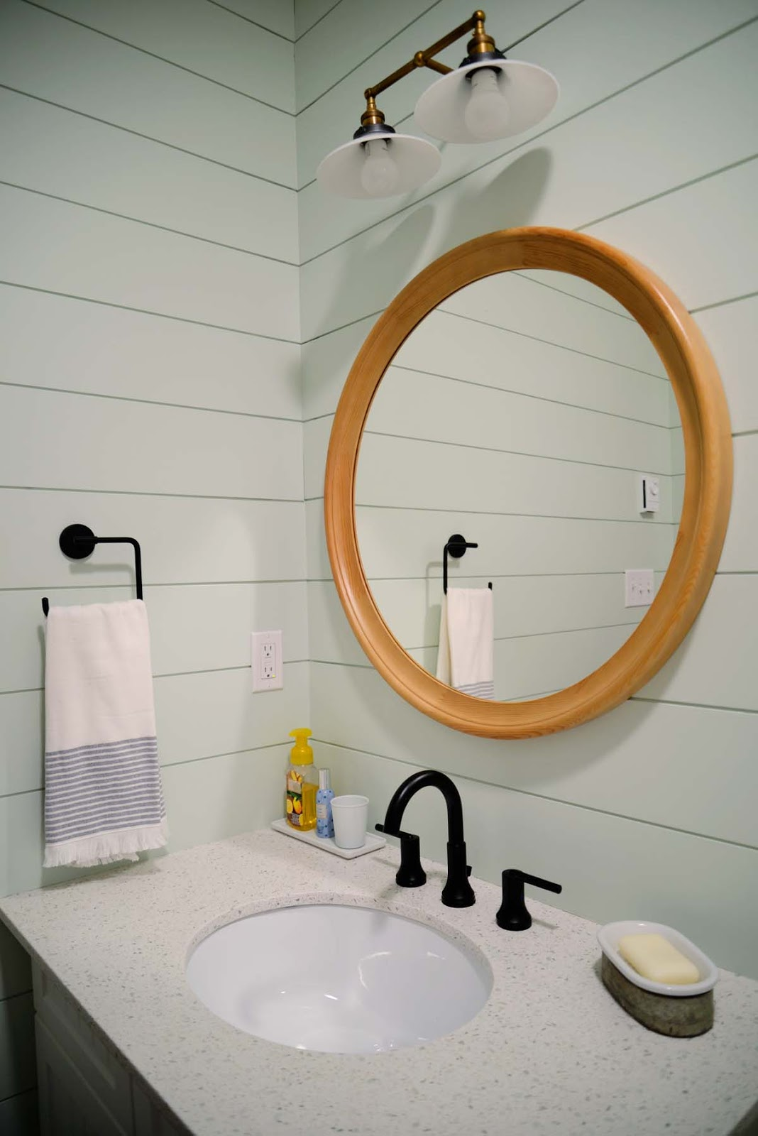 modern cottage cabin country bathroom, Delta Faucet Trinsic | Ramblingrenovators.ca