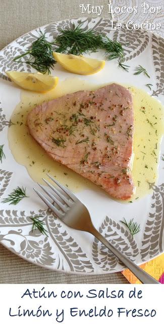 Atún fresco a la plancha con salsa de limón y eneldo fresco