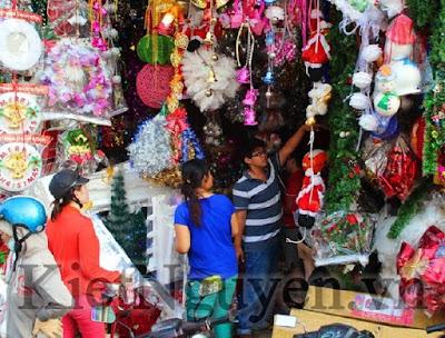 Giáng Sinh- Noel - Khu phố người Hoa, đường Hải Thượng Lãn Ông