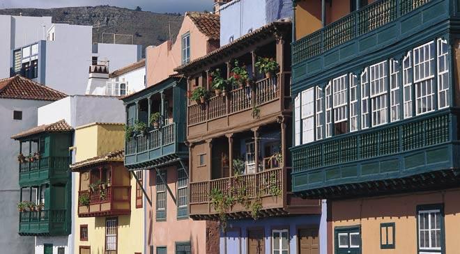 Balcones típicos canarios en Santa Cruz de la Palma