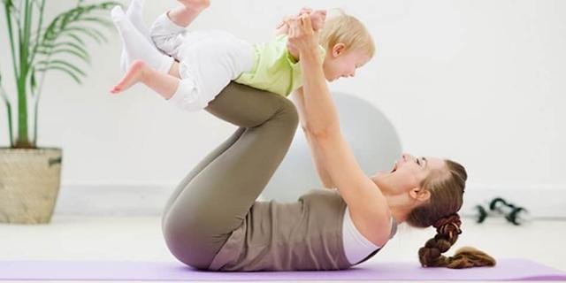 प्रेग्नेंसी के बाद बाद शरीर को शेप में लाने के लिए पाइलेट   Pilates to bring the body to shape after pregnancy