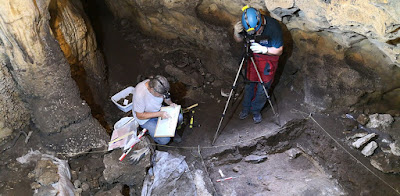 Από τη Δρακότρυπα στη σπηλιά του Νέγρου και στο Ιερό του Μέσσου