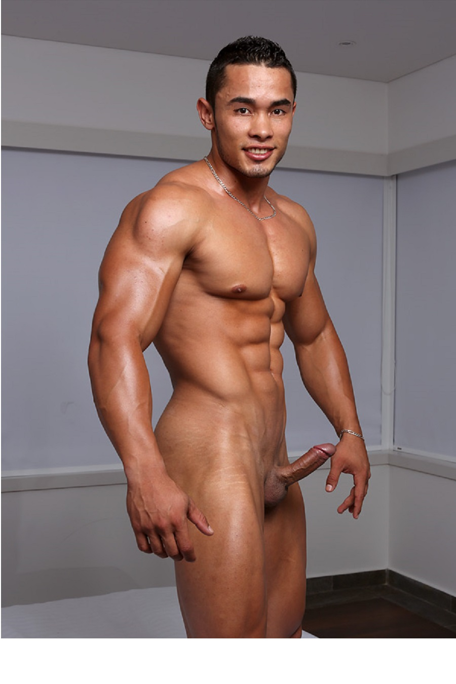 lycra spandex bulge public