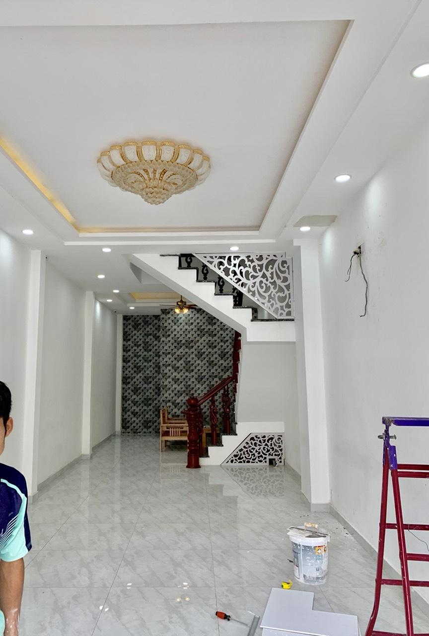 Bán nhà Mặt tiền đường Nguyễn Văn Săng phường Tân Sơn Nhì quận Tân Phú. DT 4x14m