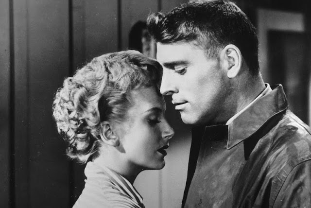 From Here to Eternity love scene