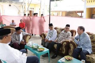 Istri Ulama Aceh Meninggal, Gubernur Aceh Ke Rumah Duka