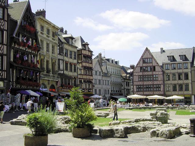 Cidade de Rouen perto de Paris