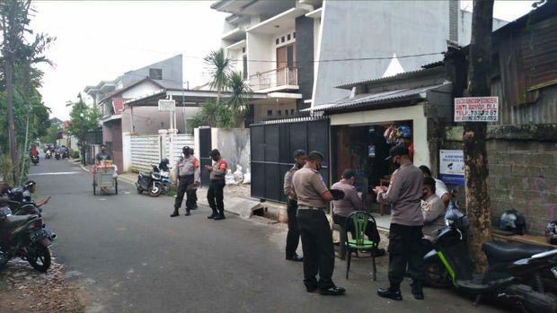 Rumah Nikita Akan Dikepung, Tengku Zulkarnain Heran Polisi Siapkan Personel Menjaga