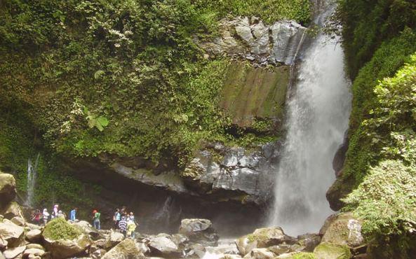 Destinasi Wisata Menarik di Kota Semarang - Air Terjun Kali Pancur