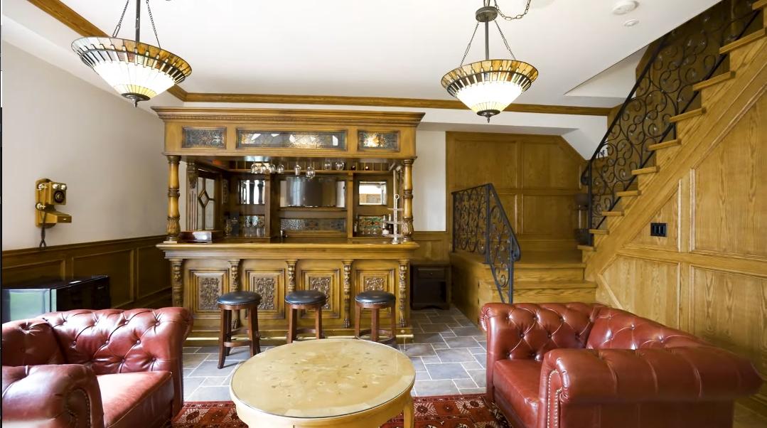 47 Interior Design Photos vs. 246 Riverside Dr, Toronto, ON Luxury Home Tour