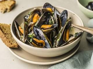 steam mussels