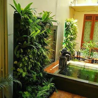 Jasa Pembuatan dan Perawatan Taman Bandung Jakarta Vertical Garden Murah