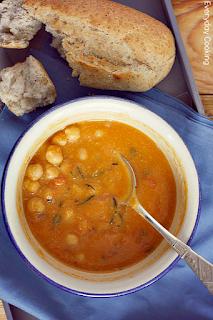 http://www.everydaycooking.pl/2012/06/zupa-z-pieczonych-pomidorow-z.html
